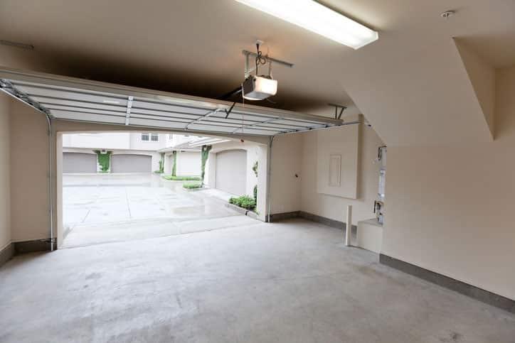 What to Consider When Buying Garage Doors
