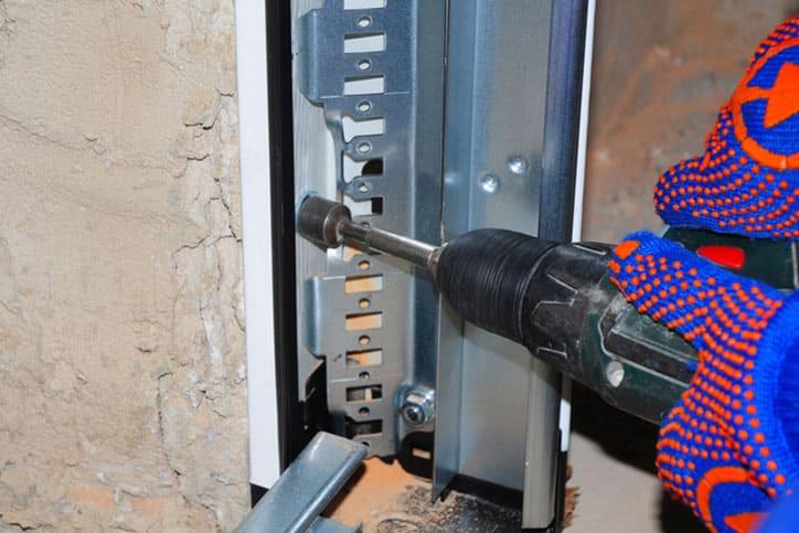 How to Prevent Garage Break-Ins